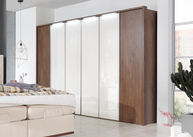 schlafraum m bel bohn gmbh in hilchenbach m sen. Black Bedroom Furniture Sets. Home Design Ideas